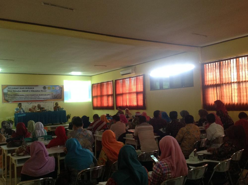 Program Pascasarjana dan SMAN 1 Cikembar Adakan Seminar di Cikembar, Sukabumi