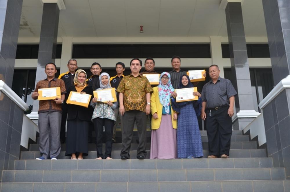 Dosen Sertifikasi Dosen Jilid 2 Universitas Suryakancana Tahun 2017