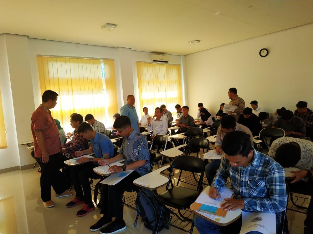 Tes PMB Gelombang 1 Tahun Akademik 2019-2020 di Ikuti calon mahasiswa/mahasiswi baru