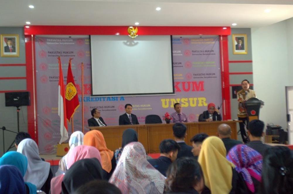 Pembukaan Sidang Skripsi  Fakultas Hukum Tahun Akademik 2018-2019