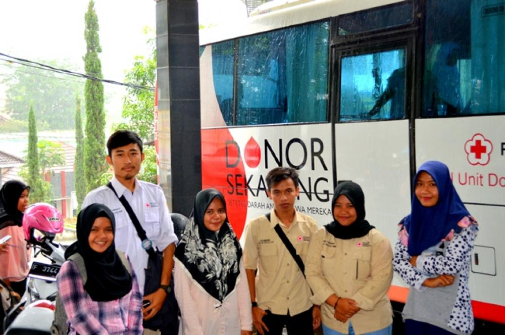 Kegiatan Donor Darah dilingkungan Universitas Suryakancana