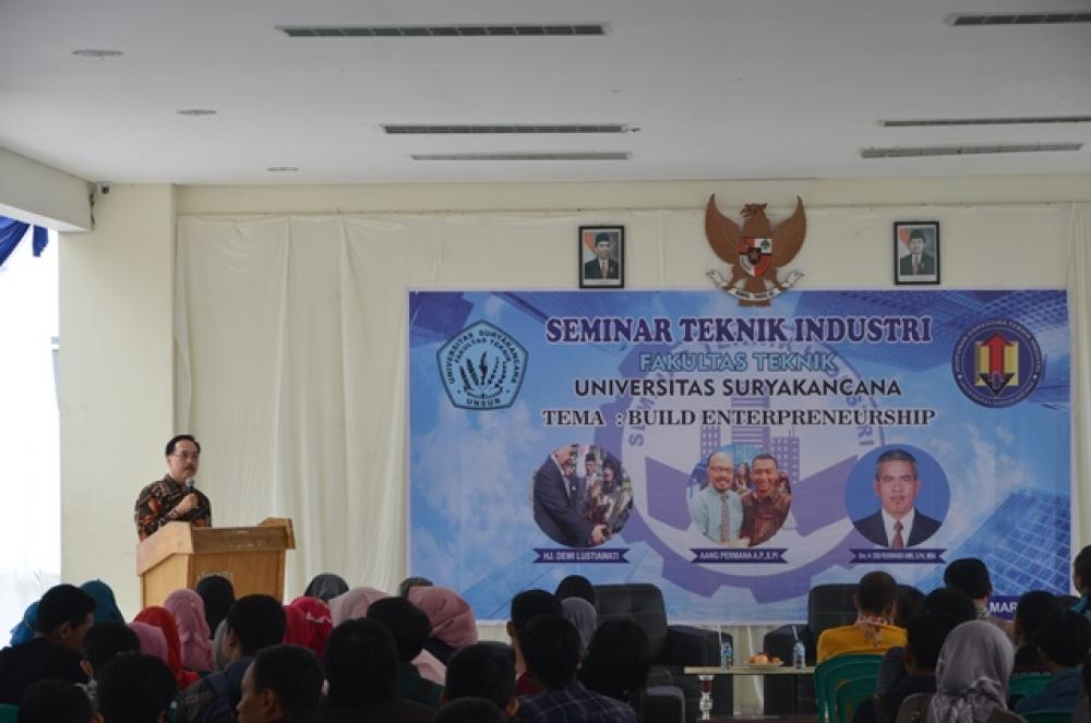 Seminar Teknik Industri dengan Tema  Build Enterpreneurship