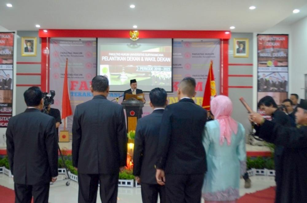 Pelantikan Dekan dan Wakil Dekan Fakultas Hukum  Periode 2018-2023