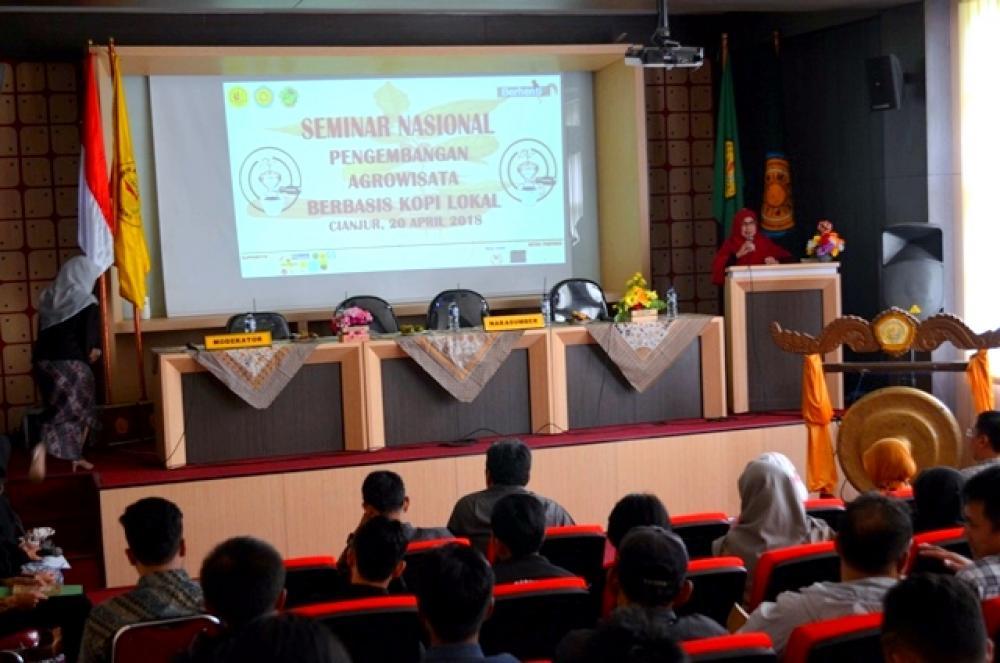 Seminar Nasional Pengembangan Agrowisata Berbasis Kopi Lokal